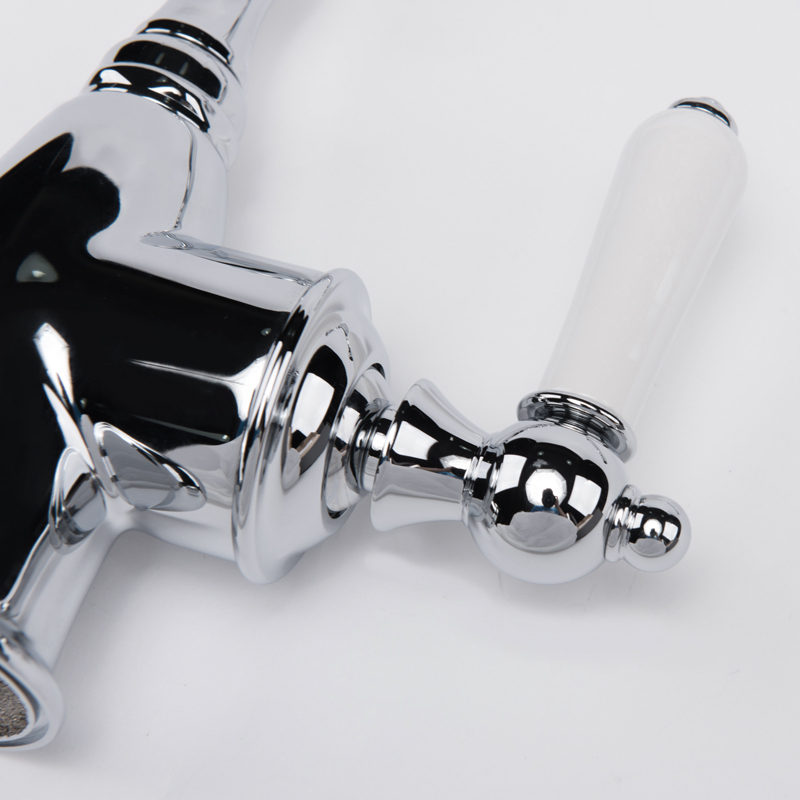 Montreal Single Handle Kitchen Classic Style Mixer Faucet