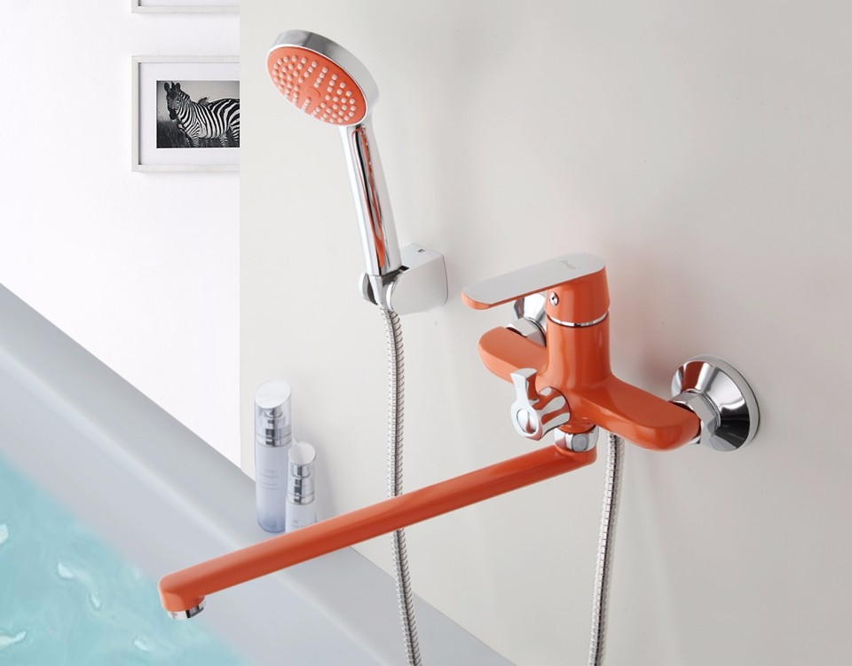 Colourful Single Handle Wall Mounted Faucet with Hand Held Shower