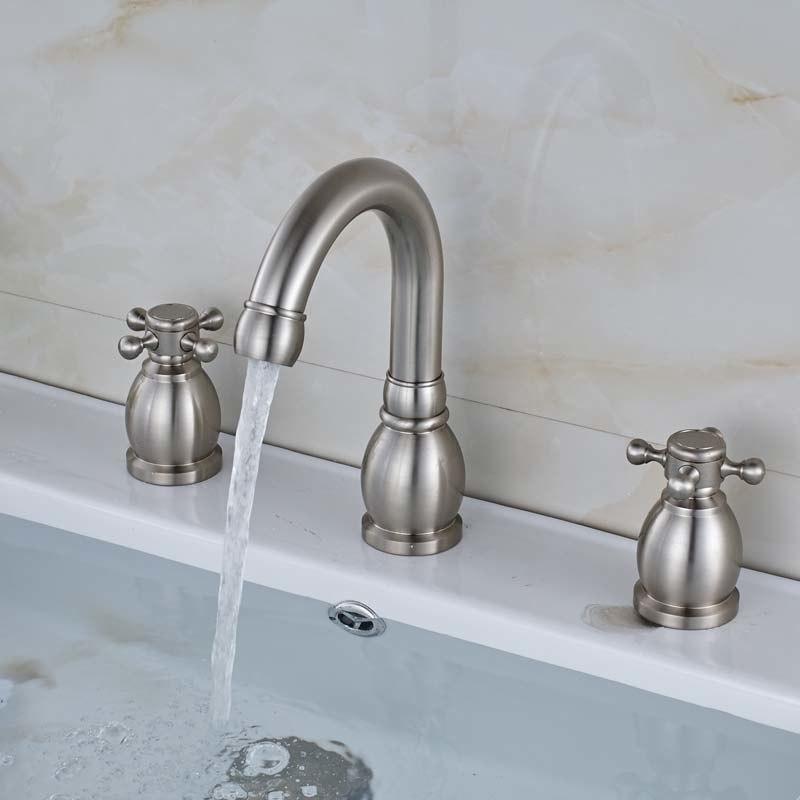 Contemporary Deck Mounted Dual Handle Bathroom Faucet