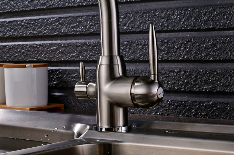 Dual Handle Swivel 360-Degree Rotation Curved Kitchen Faucet