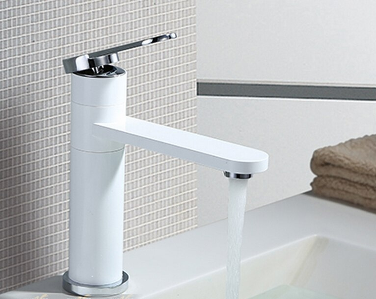 Smooth Deck Mounted Chrome Bathroom Faucet