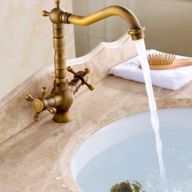 Classic Antique Brass Dual Handle Bathroom Sink Faucet