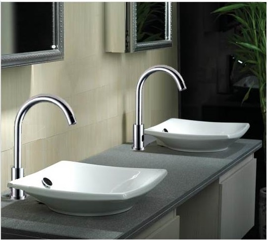 Long Neck Motion Sensor Kitchen and Bathroom Faucet